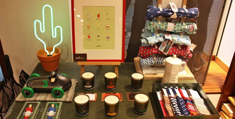 Concept Store, bracelets, bougies parfumées, décoration....