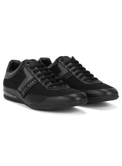 Basket basse noire pour homme. Modèle léger et innovant.