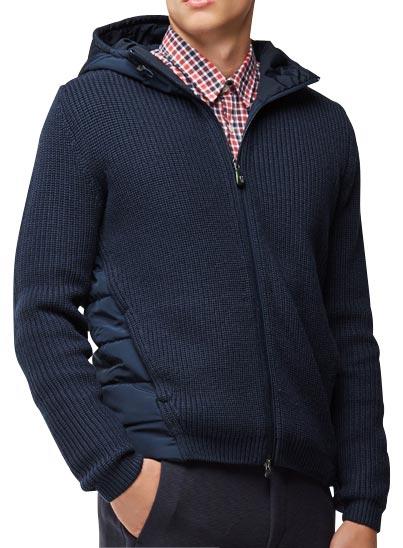 Blouson à capuche bleu foncé pour homme.