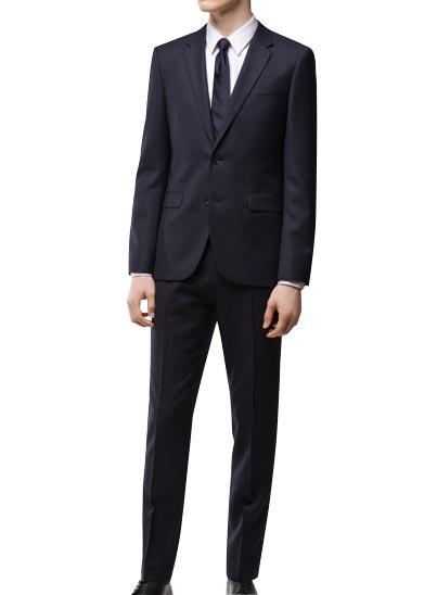 Costume HUGO Homme en laine vierge, idéale pour vos tenues professionnelles.