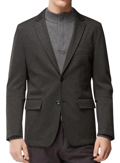 Pull à manches longues en coton mélangé à de la laine vierge.