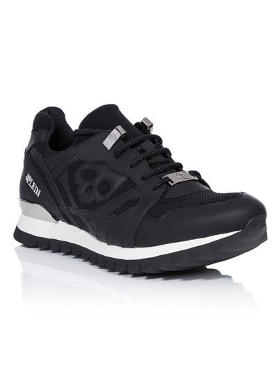 Sneakers type running en nylon et cuir écologique.