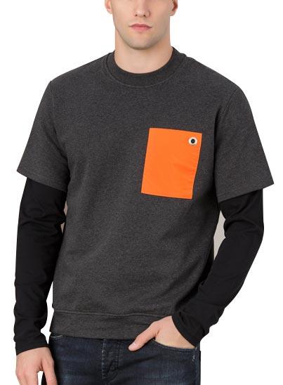 Sweatshirt gris et noir pour homme.