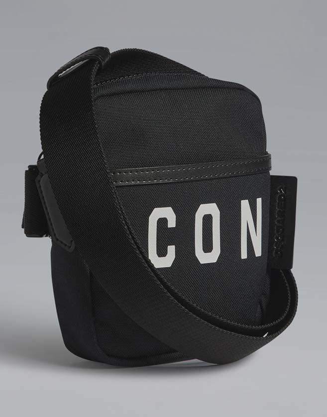 Pochette en toile avec zip. poches externes. Composition 95% Coton, 5% Cuir de veau.