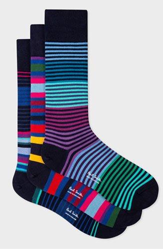 Lot de trois paires de chaussettes Paul Smith avec une variété de rayures multicolores éclatantes de différentes tailles.