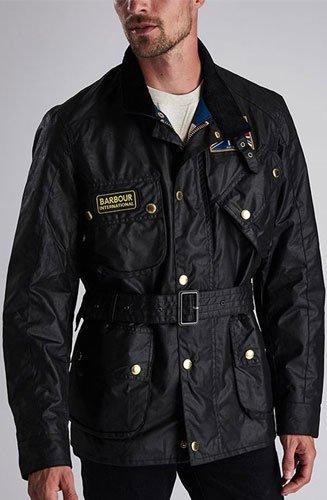 Doublure du corps Union Jack 100% coton avec doublure des manches 100% polyester.